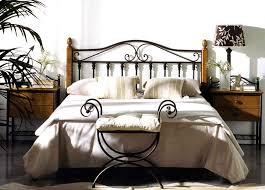 catalogue chambre a coucher en bois ambiance afrique pour chambres à coucher meubles fabriqués en
