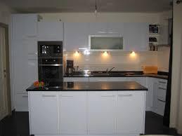 plan ilot cuisine plan cuisine en l avec ilot photo cuisine lot bois blanc ambiance