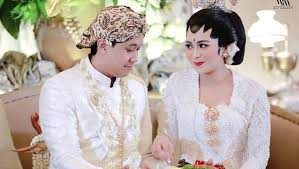 wedding dress nagita slavina pernikahan adik nagita slavina