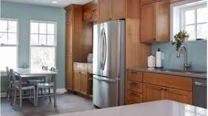 what color paint goes with brown cabinets 5 top wall colors for kitchens with oak cabinets hometalk