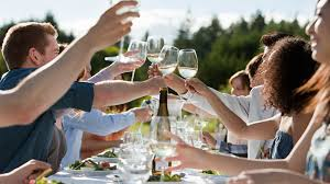 how to properly host a dinner party 5why
