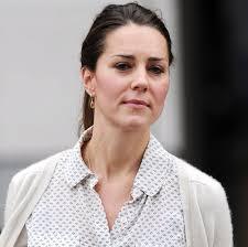 kate middleton shopping in london at zara home popsugar celebrity