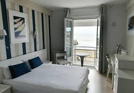 chambre vue sur mer chambre mer hôtel 3 étoiles royan chambres vue mer royan