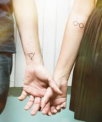 Bf Gf Tattoo Ideas 21 Cute Couple Tattoos Matching Tattoo Ideas