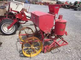 2 Row Corn Planter by Massey Ferguson 2 Row 3pt Corn Planter