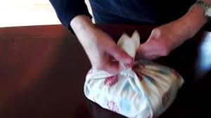 Japanese Wrapping Method by Furoshiki Japanese Wrapping Techniques Youtube