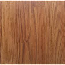 Scratched Laminate Wood Floor Pennsylvania Traditions Oak 12 Mm Thick X 7 96 In Wide X 54 37 In