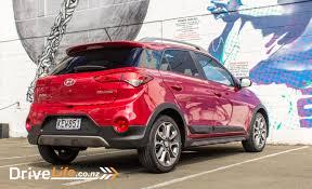 hyundai small car 2017 hyundai i20 cross u2013 car review stylish but drive life
