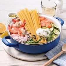 cuisine et vin recette fettucines au saumon et crevettes sauce au vin blanc recettes