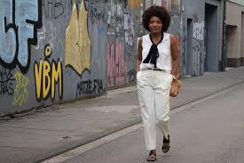 blanc au bureau porter un pantalon blanc é au bureau deadlines dresses