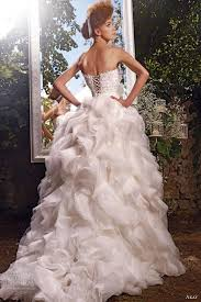 81 best wedding dresses images on pinterest marriage wedding