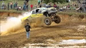 monster trucks mud bogging videos monster trucks buried in mud power zonepower zone