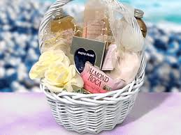 wedding gift basket ideas per wedding basket