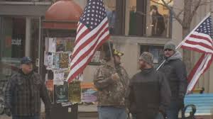Illegal To Burn American Flag Veterans Protect American Flag From Burning At Ped Mall