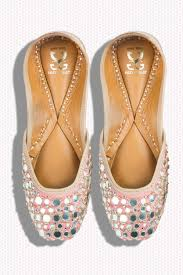 wedding shoes online india jutti unite where to find the best juttis for weddings in