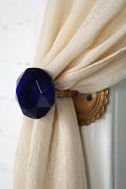 curtains knobs decorate the house with beautiful curtains