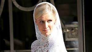 What Happened To Paris Hilton - the real reasons we don u0027t hear from nicky hilton anymore
