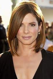 hairstyles for turning 30 shoulder length straight long bob with side bangs turning 30