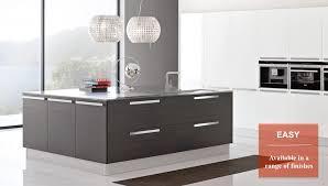 Kitchen Design Uk by Puccini Kitchens Bespoke Kitchen Design Italian British