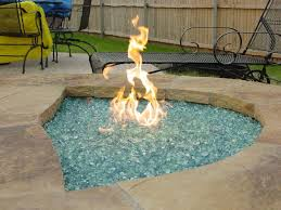 Diy Gas Fire Pit by Best 25 Fire Glass Ideas On Pinterest Firepit Glass Glass Fire