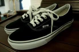 Jual Vans White dams shoes drxshoes