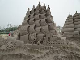 with simple sand take a look to this amazing sand sculptures