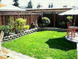 Fence Ideas For Small Backyard Fence Ideas Garden Designs Small Backyard Landscaping Do Myself