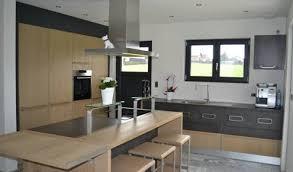 cuisine bois et gris cuisine aménagée réalisations mulhouse