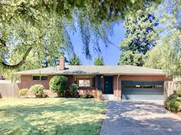 10905 se 52nd ave milwaukie or 97222 mls 17584080 redfin