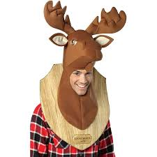 amazon com loose moose trophy head one size brown clothing