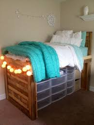 10 Space Saving Tips For by Space Saving Tips For Your Dorm Room When Home Is Only 100 Sq Ft