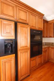 Thomasville Kitchen Cabinets Review Fireplace Lovely Kitchen Designwith Black Thomasville Cabinets