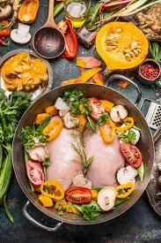 plat d automne cuisine plat d automne de légumes avec du blanc de poulet et le potiron