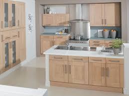 modele de cuisine en bois modele de cuisine en bois cuisine equipee design meubles rangement