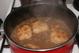 cuisiner les paupiettes de porc paupiette de porc aux chignons et haricots plats tout sur