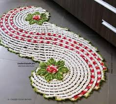 crocheted christmas crocheted christmas table runner allfreechristmascrafts