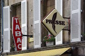 bureau de tabac banque ouvrir un compte en banque dans un bureau de tabac pratique fr