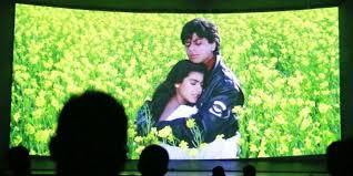 lagu film india lama sesudah hir 20 tahun diputar film shah rukh khan dihentikan