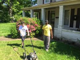 Lawn Free Backyard These Lawn Guys Cut Lawns Only For Those Who Can U0027t