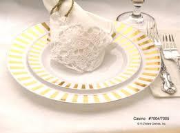 casino gold heavyweight plastic dinner plates set of 10 card