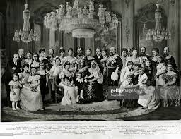 british royalty the royal family 1897 hm queen victoria seated