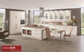 cuisine bois et blanc laqué superbe cuisine bois et blanc laque 3 cuisines classiques