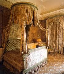 letto matrimoniale a baldacchino legno archi tetti oggi voglio un letto a baldacchino