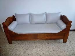 transformer un lit en canapé transformer lit en canape canapac lit blanc chez atylia lit une