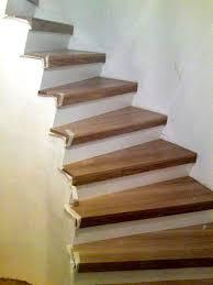 holz treppen treppen renovieren holztreppen schleifen stufen ersetzen