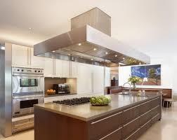 grand ilot de cuisine design d intérieur clairage cuisine grand îlot spots led hotte