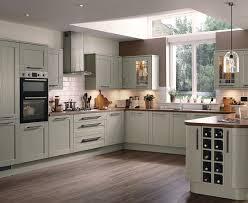 howdens kitchen design tewkesbury skye kitchen shaker kitchens howdens joinery