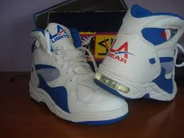 la light up shoes 90s kids talk about a throwback la gear light up shoes i