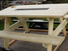 Make Outdoor Picnic Table by Best 25 Picnic Table Cooler Ideas On Pinterest Outdoor Ideas