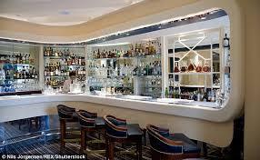 Top Ten Bars In London Century Old London Cocktail Spot Bags The World U0027s Best Bar Award